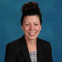 Vanessa Varoskovic – Office Manager